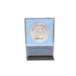 東京ディズニーランド 1983年 グランドオープン 記念メダル コイン ミッキー&シンデレラ城 ディスプレイスタンド付き TDL far-out