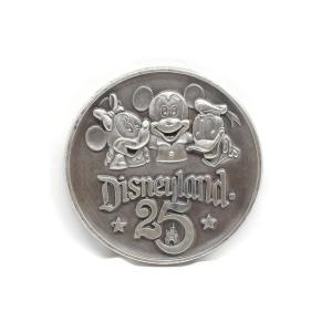 ディズニーランド 25周年記念 ミッキー&ミニー w/ ドナルド コイン メダル 1980年 Disneyland far-out