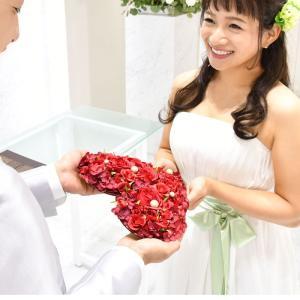結婚式 ギフト ラブレターボード「木製レーザー刻印ハートフラワー」 / 手紙 サプライズ|farbe
