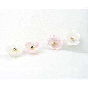 フラワー ピンク/ホワイトシェル 白蝶貝/桃蝶貝 ピアス K18YG 6mm|fashionjewelry-em