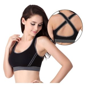 スポーツやトレーニング用に開発されたブラ!普通のブラとは異なり、胸の揺れを抑えてくれます 運動時には...