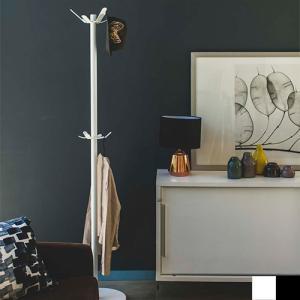 ●シンプルでスタイリッシュなデザインのポールハンガー。 ●リビングや子供部屋、オフィスなど置き場所を...
