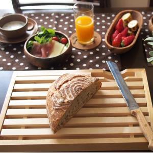 ブレッドボード ブレッドカッターボード 木製 ナイフセット カッティングボード & パン切りナイフセット|favoritestyle