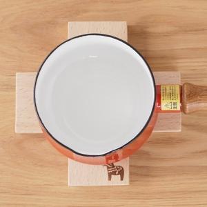 鍋敷き 木製 クロストリベット ダーラナホース なべ敷き 鍋しき ブナ材 北欧風 おしゃれ|favoritestyle