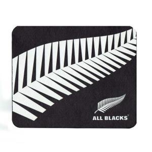ラグビー ニュージーランド代表『オールブラックス』オフィシャル マウスパッド。  パソコン周りにも代...