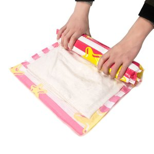 衣類圧縮袋防塵防湿 衣類真空パック 旅行 ガーメントバッグ 4枚 (レッド)