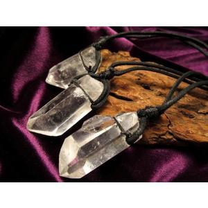天然水晶ポイント原石ネックレス 水晶サイズ約4-5cm 紐長...
