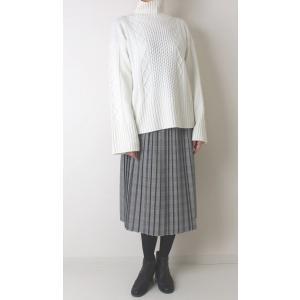Apaiser lame(アぺゼラム)アラン編み柄ベルスリーブタートルセーター|femme|06