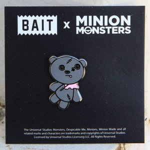 ミニオンズ Minion グッズ x minion monsters zombietim bear pin gray|fermart-hobby