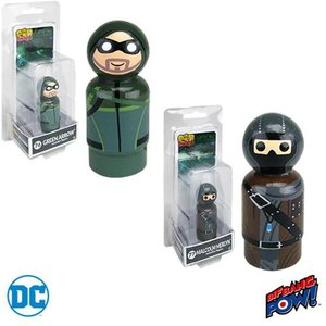 グリーンアロウ Green Arrow グッズ Arrow TV Series and Merlyn Pin Mates Wooden Collectibles Set|fermart-hobby
