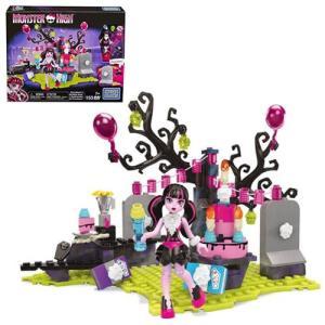 モンスター ハイ Monster High おもちゃ・ホビー Mega Bloks Draculaura Birthday Bash Playset|fermart-hobby