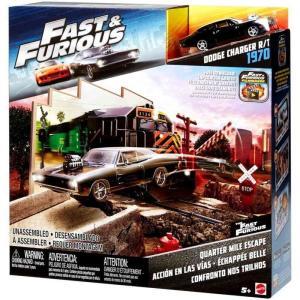 ワイルド スピード The Fast and the Furious おもちゃ・ホビー Quarter Mile Escape Playset [Dodge Charger R/T 1970]|fermart-hobby