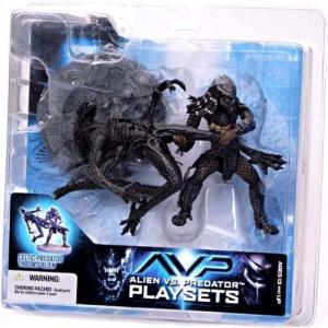 マクファーレントイズ フィギュア おもちゃ Alien vs Predator Alien vs. Predator Movie Playsets Celtic Predator Throws Alien Action Figure Set|fermart-hobby