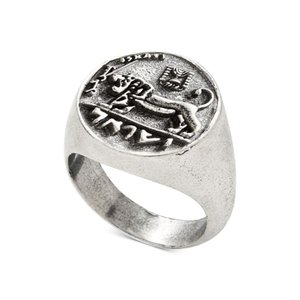 デグス&サル DEGS & SAL メンズ 指輪・リング ジュエリー・アクセサリー Ancient-Look Israeli Lion Coin Ring in Sterling Silver Silver|fermart-shoes