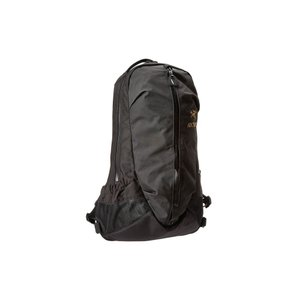 アークテリクス Arc'teryx レディース バックパック・リュック バッグ Arro 22 Backpack Black|fermart2-store