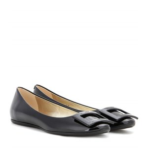 ロジェ ヴィヴィエ Roger Vivier レディース フラット シューズ・靴 Gommette patent leather ballerinas|fermart3-store