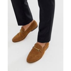 エイソス ASOS DESIGN メンズ ローファー シューズ・靴 loafers in tan faux suede with snaffle Tan fermart