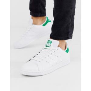 アディダス adidas Originals メンズ スニーカー スタンスミス シューズ・靴 Stan Smith Trainers With Green Heel Tab In White ホワイト|fermart