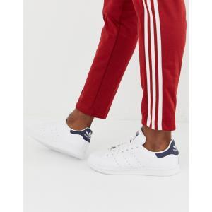 アディダス adidas Originals メンズ スニーカー スタンスミス シューズ・靴 Stan Smith trainers with navy heel tab in white|fermart