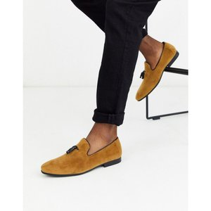 モス ブラザーズ MOSS BROS メンズ ローファー シューズ・靴 Moss London suede loafer with tassels in tan キャメル fermart