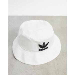 アディダス adidas Originals メンズ ハット バケットハット 帽子 bucket hat with trefoil logo in white ホワイト|fermart