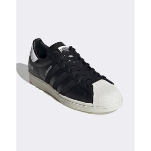 アディダス adidas Originals メンズ スニーカー シューズ・靴 Sigseries superstar trainers with subtle branding in black ブラック fermart