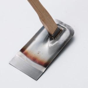●特長 ・お客様から寄せられた要望をもとに鍬メーカーが開発した家庭菜園鍬 ・錆びに強いステンレス地に...
