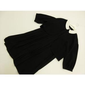 商品説明 ジャケットはカギホック留めです。ワンピースの衿は取り外すことができ、フロントファスナーで着...
