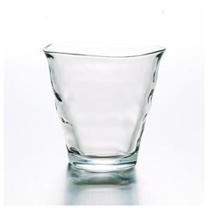 可愛らしいグラスは自家使いはもちろん、贈り物としてもきっと喜んでいただけることでしょう。  ゆらゆら...