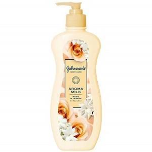 ローズとジャスミンの香り  肌のうるおいをやさしく守るベビーオイル※1を  含む4つの美容保湿オイル...
