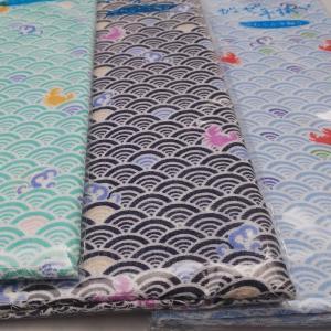柔らかな綿100%の二重袷ガーゼ手拭い(手ぬぐい/てぬぐい)です。 通気性がよく、吸収性も高いのが特...