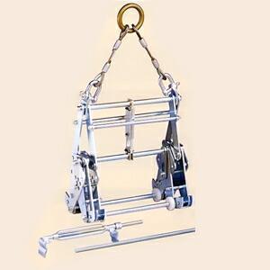サンキョウトレーディング マシンバイス 内吊ワイド600 : コンクリートU字溝吊りクランプ 【在庫有り】[FA]|firstnet