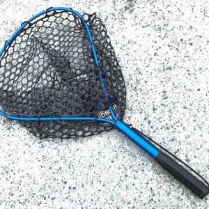 【アズーロ】AZ ラバーキャッチネット L スズキ チヌ 青物 タモ セット ラバーネット 船・ボートにも最適な長さ。魚を傷つけない。