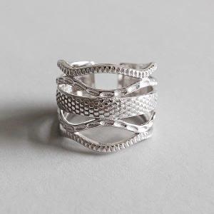 SILVER925製指輪 レディース シルバー925 シンプル 蛇 ファッション ●素材 シルバー ...