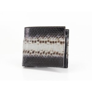 人気英国ブランド【Paul Smith】のメンズ折り財布★ パイソン型押しのインパクトあるデザインが...