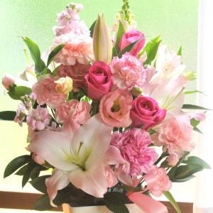 ギフト お祝い 即日発送 あすつく 花 選べる季節のアレンジメント|fkjiyugaoka
