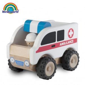 正規品 木のおもちゃ wonderworld(ワンダーワールド) ミニ・アンビュランスカー|flclover