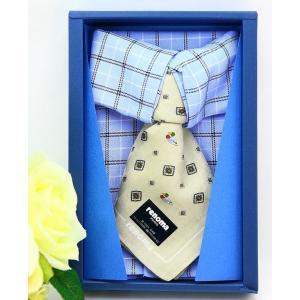 男性に贈るギフトにぴったり! 紳士向けの人気ブランド、レノマのネクタイとシャツをかたどったおしゃれな...