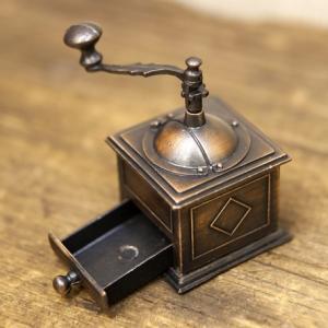 鉛筆削り アンティーク コーヒーメーカー 置物 雑貨 インテリア小物 ギフト 誕生日プレゼント お礼 お返し お祝い|fleur-de-camelia2