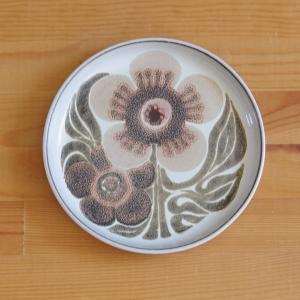 イギリスの陶器メーカー DENBY(デンビー) のデザートプレートです。 ※ バックスタンプは、LA...