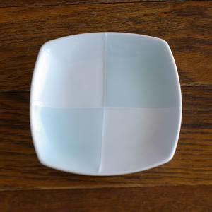 波佐見焼 青磁 市松模様 小皿 角皿 プレート 10.5cm セラドン 醤油皿 取り皿 豆皿