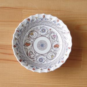 イギリスの陶器メーカー SPODE のデザートボウルです。  Florence というシリーズのもの...