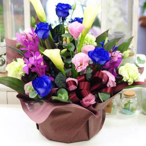 青 バラ 薔薇 生花 アレンジメント ブルーダイヤモンド Mサイズ ブルー バラ|flower