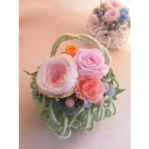 プリザーブドフラワーのアレンジメント「モコモコグリーン」|flowerliberte