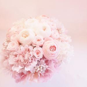 プリザーブドフラワーのアレンジメント【ピンク】|flowerliberte
