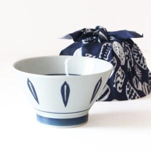 波佐見焼 くらわんか 丼 (一個入)リーフ青 どんぶり 手ぬぐい付き 食器 磁器 キッチン 日本製 かわいい おしゃれ ギフト プレゼント|fofoca