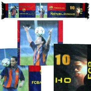 F.C.バルセロナ(オフィシャル) ロナウジーニョ サテンマフラー|footballfan