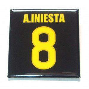 イニエスタ(FCバルセロナ 8)缶バッジ〔AWAY〕|footballfan