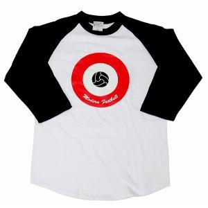 【Modern Football】ターゲット(サッカーボール) ラグラン7分袖Tシャツ(白×黒×赤)|footballfan