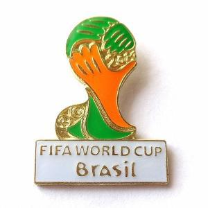 ブラジルワールドカップ2014 ロゴ ピンバッジ |footballfan